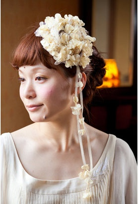 ShopStyle: エムスール お花のツルとかすみ草のヘアクリップ / M.soeur hair clip
