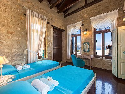 Rethymno villa rental - Twin bedroom with wonderful views and sitting area!