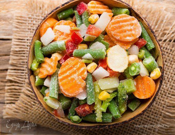 Правильная заморозка продуктов на зиму  Многие хозяйки летом и осенью заготавливают овощи и фрукты на зиму, но варенье, соленья и кабачковая икра — не единственный способ позаботиться об урожае.  #заморозка #заготовки #на_зиму #овощи #фрукты #ягоды #рецепты #готовимдома #едимдома #секреты #советы