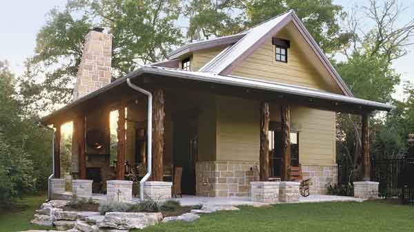 Guest House That S Both Rustic And Refined Southern