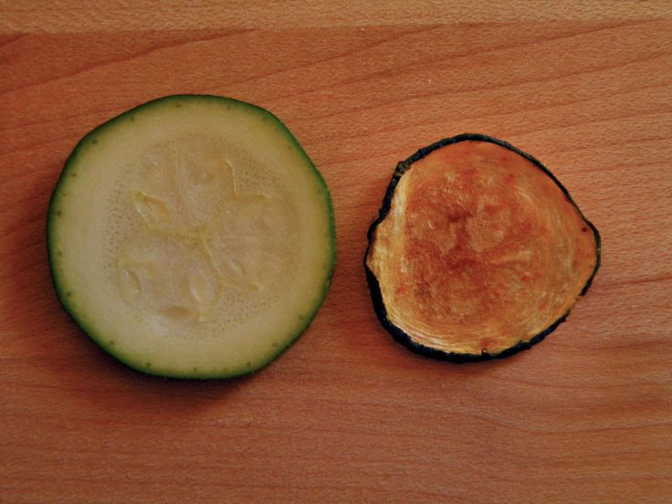 Vittles and Bits: Baked Zucchini Chips 225 degrees for 45 minutes, flip and 45 min