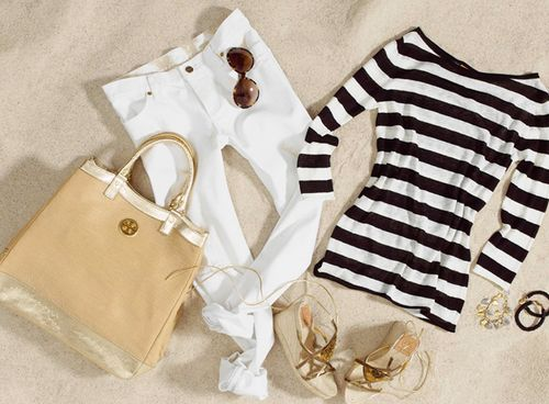 simple summer style - classic: Summer Outfit, Summer Looks, Summer Style, Travel Wardrobe, Tory Burch, White Pants, Black White, White Jeans, Spring Outfit