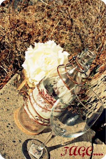 Vintage Dressed Up Bottle: Altered Bottle, Dresses Up, Diy Bottle, Vintage Bottle, Vintage Dresses, 99 Bottle, Bottle Dresses, Diy Thrift, Diycrafti Ideas
