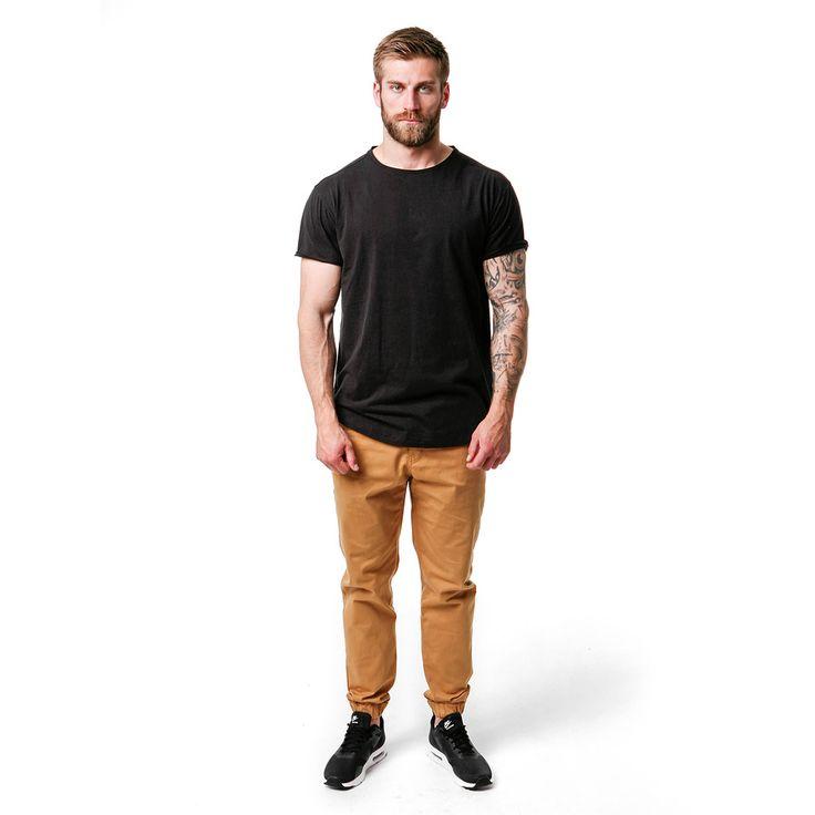T-shirt męski Classic Black Tshirt, od projektanta Mist | Mustache.pl