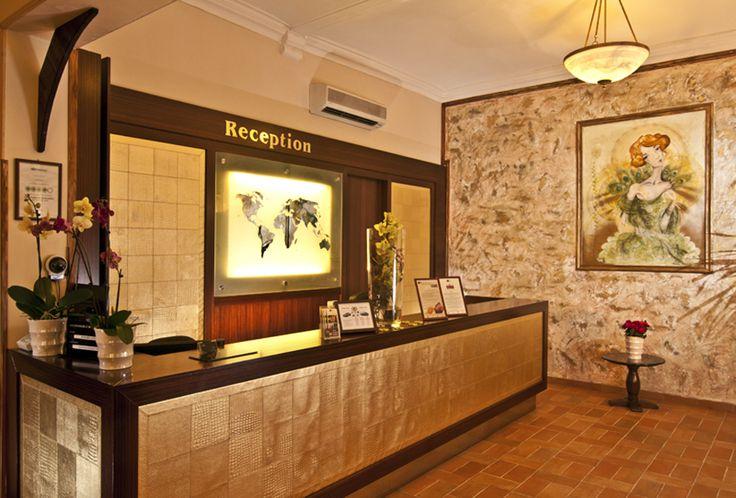 Reception Hotel Praga 1 www.hotelpraga1prague.com