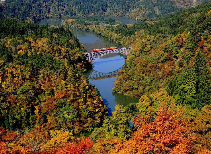 穿越極美的日本東北鐵道「只見線」 |