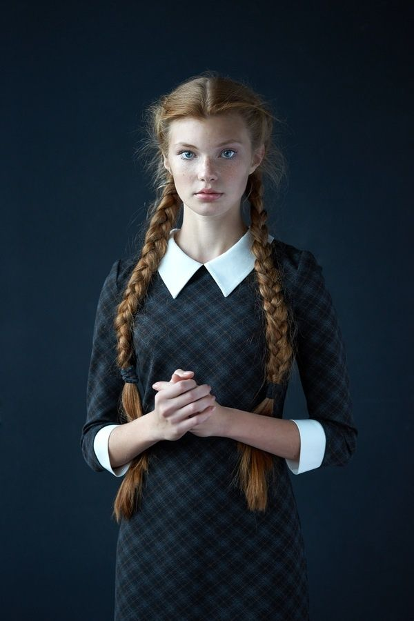 vintage hair style. I love it. I have long hair like that but it is black