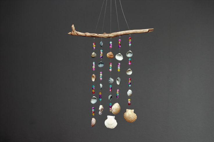 Deko-Objekte - Sonnenfänger mit Muscheln und Glasperlen - ein Designerstück von Prinzessin-Schluesselblume bei DaWanda