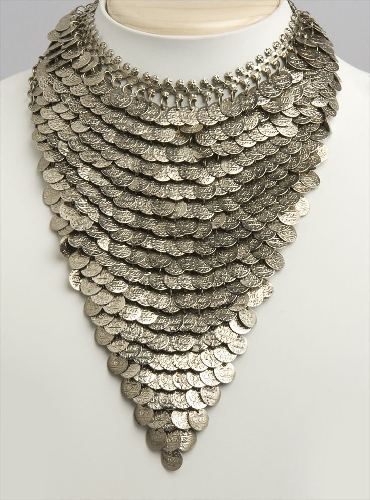 All the fashion lovers look out for the Jingle of coins necklace by Cenash. This jewellery is in every right sense a jaw dropping possession. Be prepared to get looked at and admired by whoever passes your way.