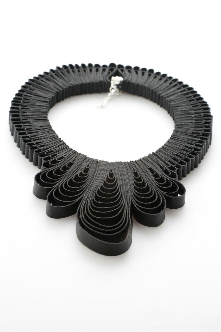 Black Pendant Drop Necklace