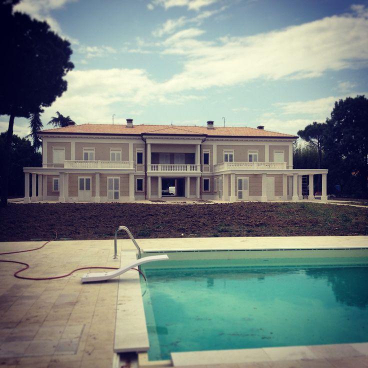 Villa Neoclassica progettata dallo studio Archdesign