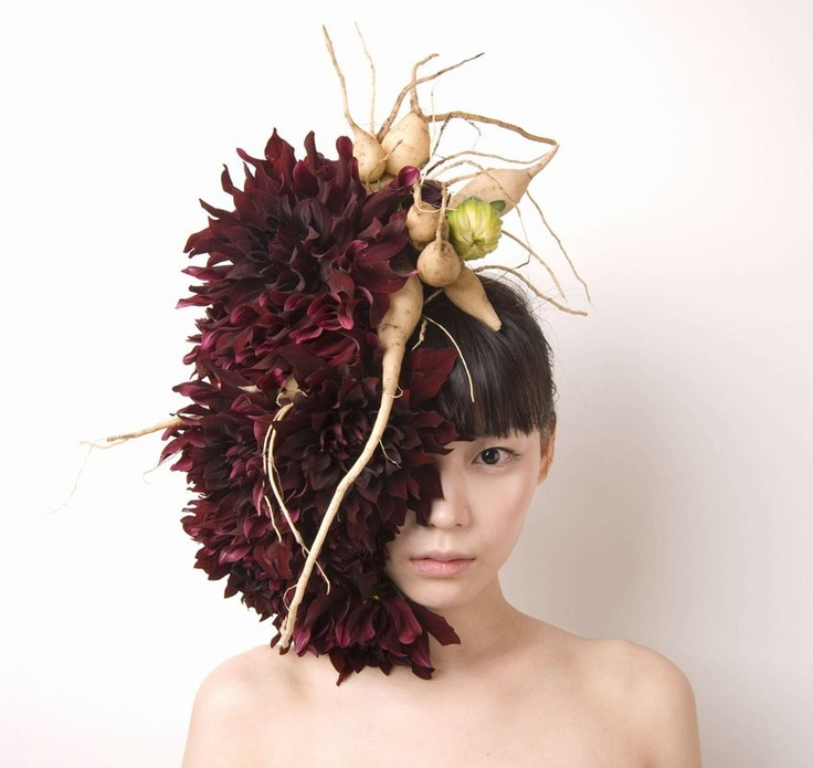 Hanayuishi Takaya: creazioni e acconciature floreali