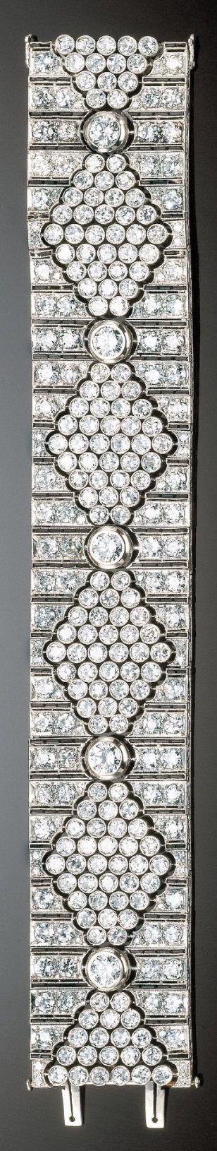AN ART DECO PLATINUM, GOLD, ONYX AND DIAMOND BRACELET, 1930S. #ArtDeco #bracelet