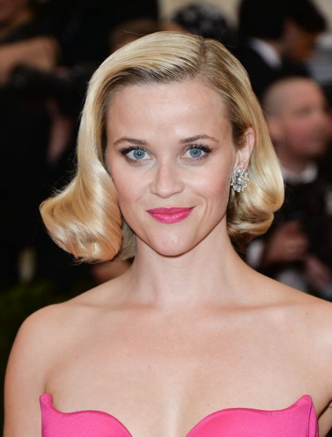 Short Hairstyles – It's Elle Woods, after she became a partner! The cut itself is a bit longer than