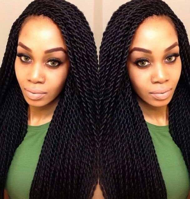 Beautiful Senegalese twists. I love the size of these twists. Definitely a great size for braids if you want to keep them in for a 3 months!