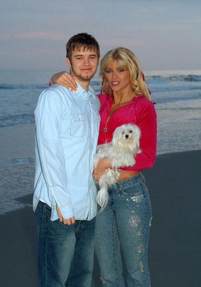 Anna Nicole, her Son Daniel and her maltese Marilyn.