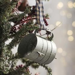 Use this rustic antique reproduction mini flour sifter ornament for a Christmas tree, kitchen decoration, add to a wreath or other home decor projects...Read More