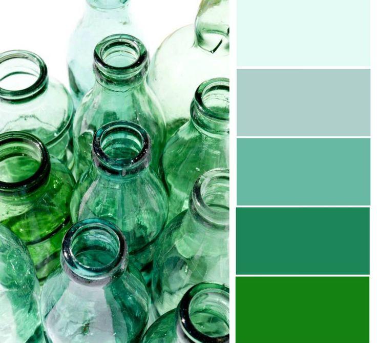 Kromě světle zelené bude na jaře hitem i mátově zelená. Skvěle se hodí k šedé, žluté, hnědé a oranžové.