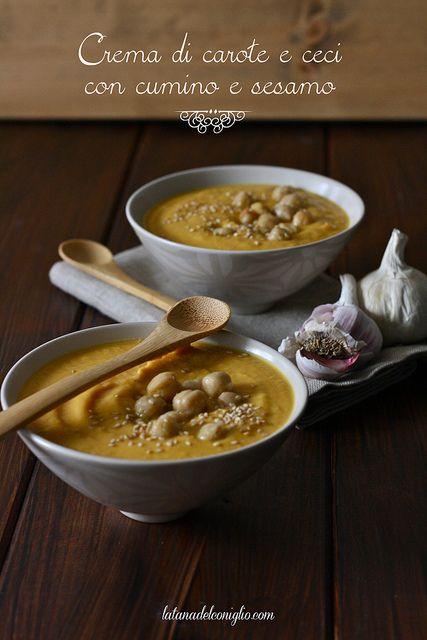 Morbida, calda e avvolgente, proprio come un abbraccio. Così descrivo tutte le zuppe che preparo e che amo di più! A partire dalla mia pr...