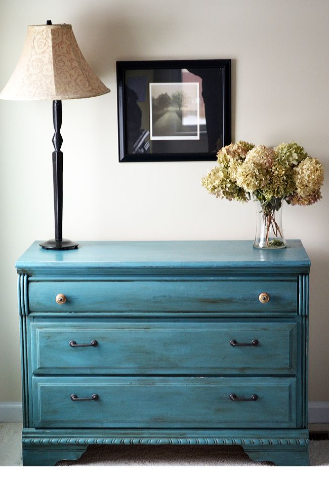 A Combination Of Provence And Aubusson Blue Annie Sloan Chalk Paint Finished With Bit
