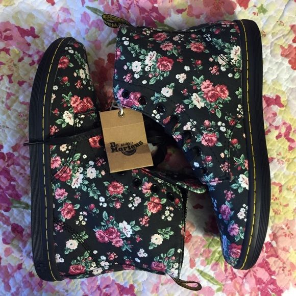 NWT doc martens floral booties Floral canvas booties size 8. New with tag never worn. Dr. Martens Shoes Ankle Boots & Booties