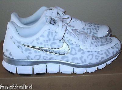 955dcda1142e2 ... print sneaker Womens NIKE FREE 5.0 V4 Snow Leopard Cheetah Animal Shoes  8 8.5 9 9.5 NIB Help ...