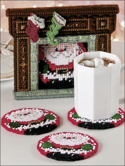 Plastic Canvas - Christmas Patterns - Coaster Patterns - Santa's Arrival