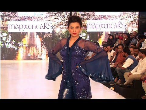 WATCH Gauhar Khan's awesome ramp walk | India Beach Fashion Week 2017.    Click here to see the full video > https://youtu.be/YMXB1oQhraM    #gauharkhan #indiabeachfashionweek2017 #bollywood #bollywoodnews #bollywoodnewsvilla