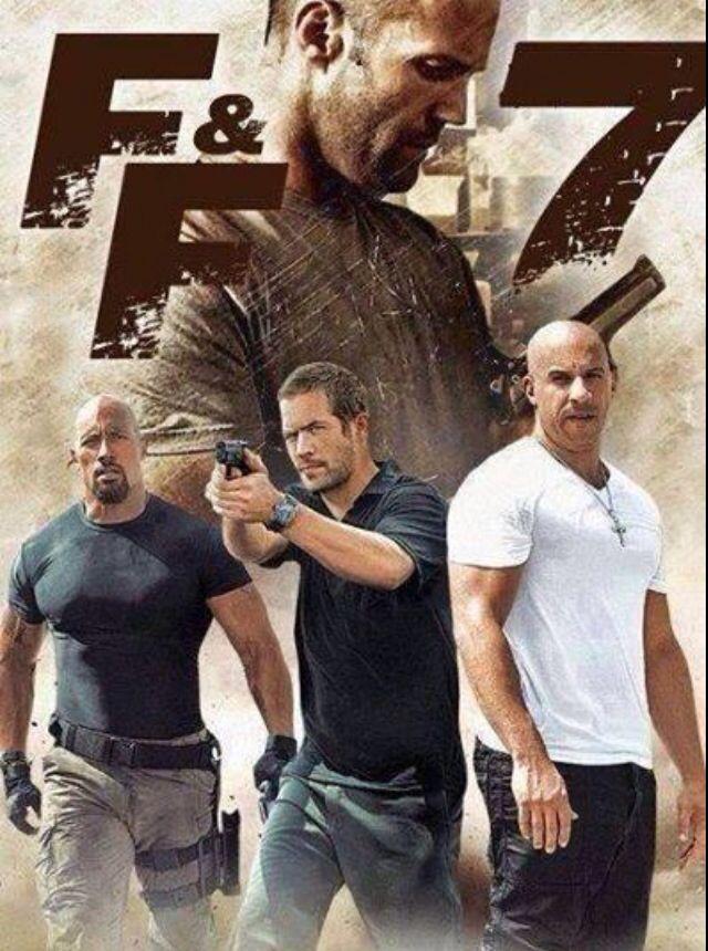 Velozes e furiosos 7 (2015), botei um pôster que aparece o Paul Walker porque eu só fui no cinema assistir esse filme por causa desse cara.