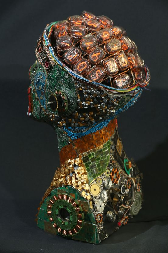 Muharrem Batman crafts stunning busts made from recycled circuit boards, CPUs, wiring, keyboards and other scraps salvaged from his electronics shop.  #ecoart #sculpture #recycle
