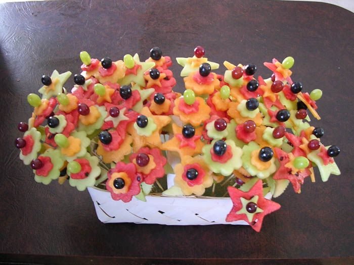 .:4th Anniversary: Fruit/Flowers:. Fruit And Vegetable Trays Ideas – Bing Images