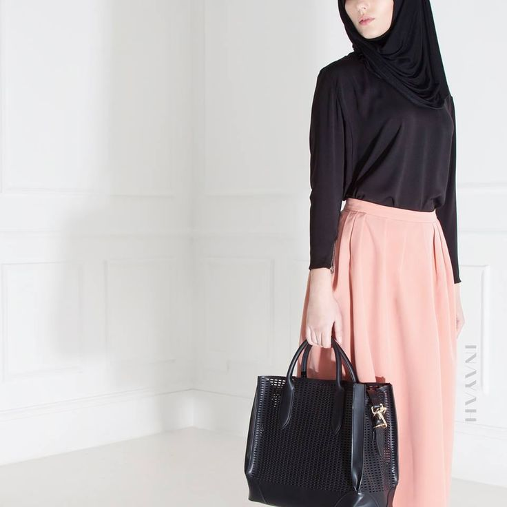 INAYAH   Black Maxi Jersey #Hijab + Black Crepe #Top + Blush Pink Structured #Skirt  www.inayahcollection.com