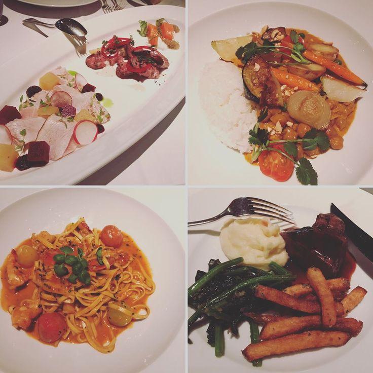 2017.3.26 Dinner at my best hotel in Tokyo���� クラシックコンサートの後は、ニューヨークグリルで食事�� ここは初任給で両親を招待した思い出深いレストラン✨ 都内に数ある高級ホテルの中で、パークハイアットは今も昔も私の一番のお気に入り♥️ ・ #東京#新宿#パークハイアット#ハイアット#ニューヨークグリル#レストラン#食事#ディナー#お気に入り#ベスト#夜景#ホテル#ロストイントランスレーション #tokyo#shinjuku#parkhyatt#hyatt#newyorkgrill#restaurant#ristorante#grill#dinner#eat#favorite#best#nightview#hotel#luxury#lostintranslation#instagood http://www.butimag.com/ristorante/post/1478724142877437723_2019243790/?code=BSFe8X5AO8b