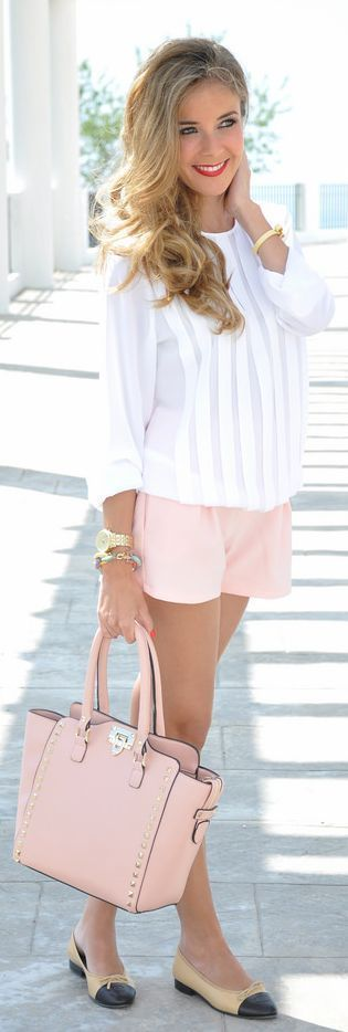 Dear stitch fix: love the blush shorts, white blouse, and gold accessories. The length on these shorts are perfect