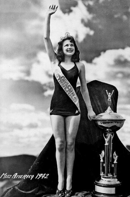 Miss America 1942 - Jo-Carroll Dennison