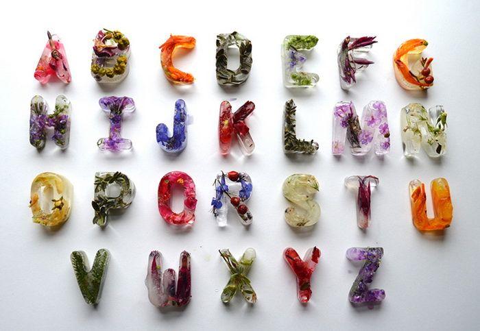 Цветочные кубики льда: оригинальный алфавит от Петры Благовой (Petra Blahova). (6 фото)