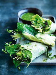 super green rice paper rolls / Donna Hay