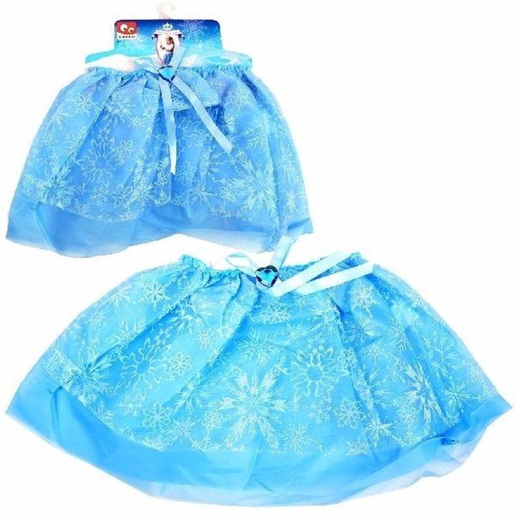 Blauwe petticoat met ijssterren voor meisjes  IJsprinses tutu rokje blauw voor meisjes. De blauwe tutu heeft een laagje stof met glitter ijssterren eroverheen. Materiaal: polyester. Het rokje is circa 33 cm breed en 24 cm lang.  EUR 3.50  Meer informatie  #sinterklaas #zwartepiet