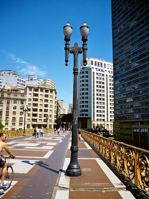Viaduto do Santa Efigênia/São Paulo by Reginaldo G Martins, via Flickr