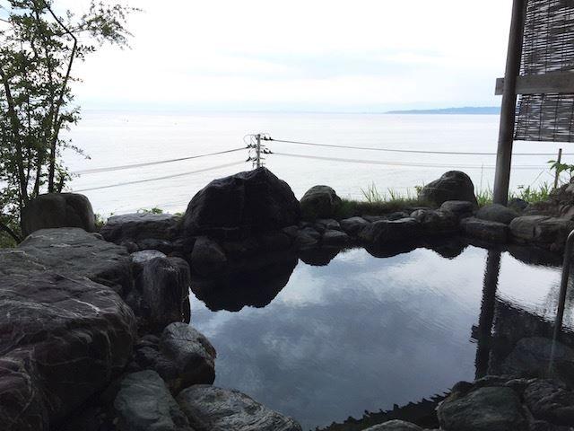【一人旅歓迎の宿】思いのままに寛ぐ。温泉と海の幸を堪能する氷見の旅