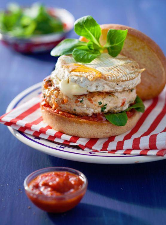 Burger parisien au poulet et camembert