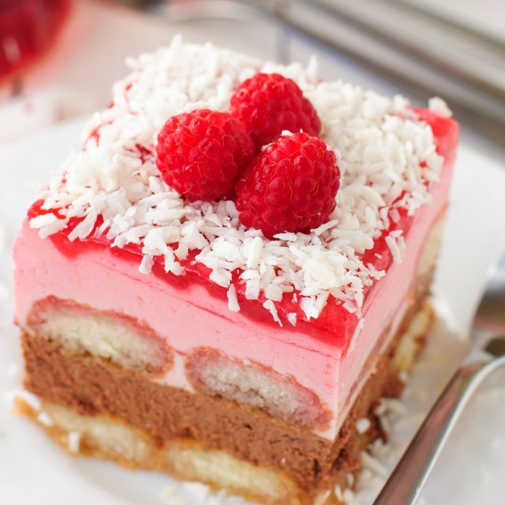 This is a delicious homemade raspberry and chocolate tiramisu recipe.. Raspberry Tiramisu Recipe from Grandmothers Kitchen.