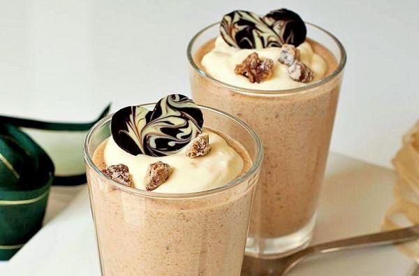 Aprende a preparar mousse de café con Thermomix con esta rica y fácil receta. Si tienes que preparar una cena o una comida especial y quieres salir de lo típico y...