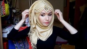 Ideas of Golden Hijab Styling with Modern Outfits