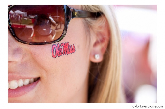 #UltimateTailgate #Fanatics Ole Miss face stickers for the best fans!