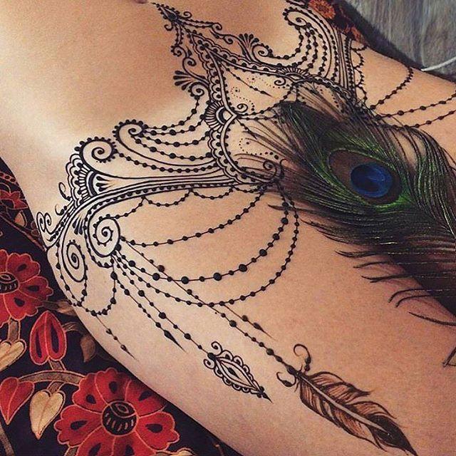 girls tattoo pussy