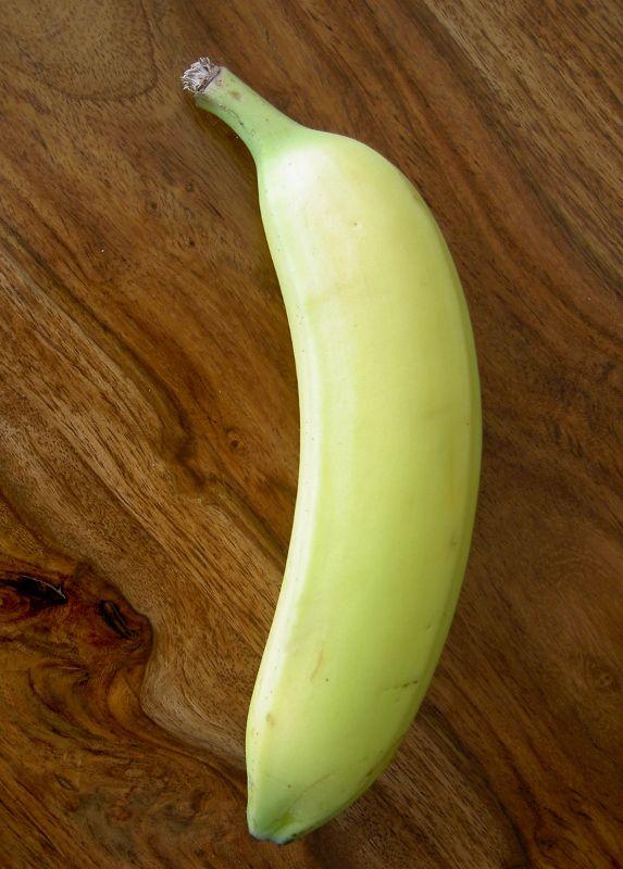 Unripe banana cals & sugar vs ripe banana