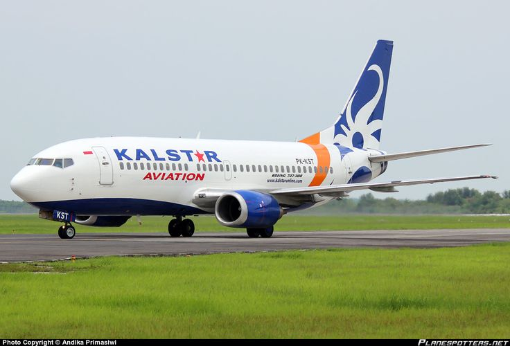 PK-KST KalStar Aviation Boeing 737-3M8