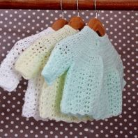 Knitted jerseys for babies