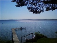 With beautiful lakes, Rapid City, Michigan is a great place to take a vacation!: Maine Houses, Carriage Houses, Living Room, Houses Hold
